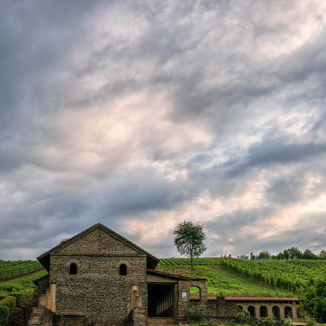 Bei Longuich wurde eine alte Römervilla ausgegraben und wieder aufgebaut