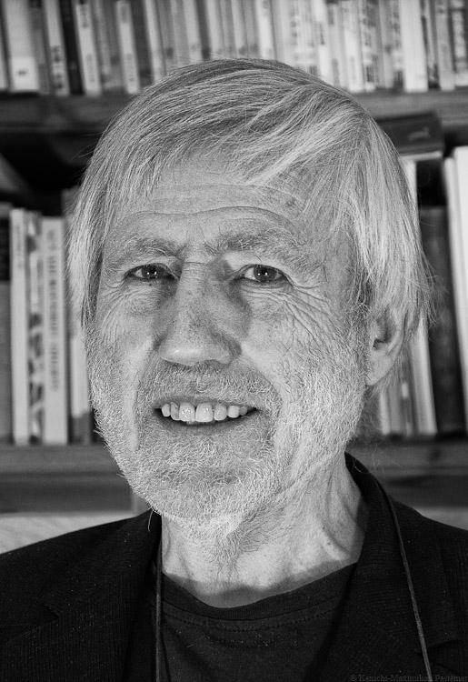 Richard Pestemer in schwarz und weiß: Autorenprofil auf Vinaet.