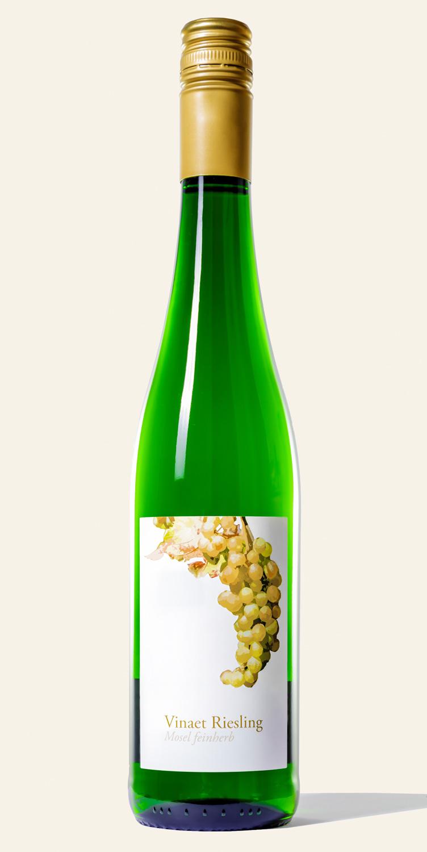 Vinaet Riesling feinherb Flasche