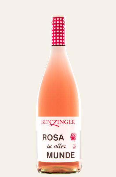 Benzinger Rosé Rosa in aller Munde in heller und rosa Weinflasche