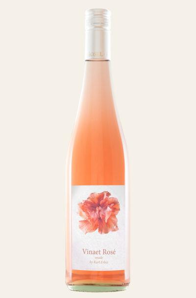 Vinaet Rosé made by Karl Erbes 2019 in rötlicher Weinflasche