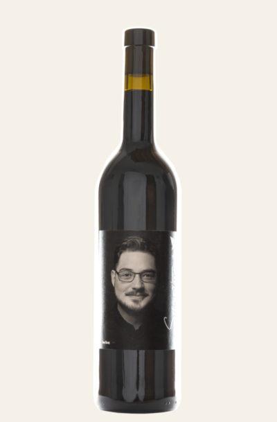 """VinVenture Tom Benz Cabernet Sauvignon """"schiefer Rebell"""" 2018 in dunkler Weinflasche"""